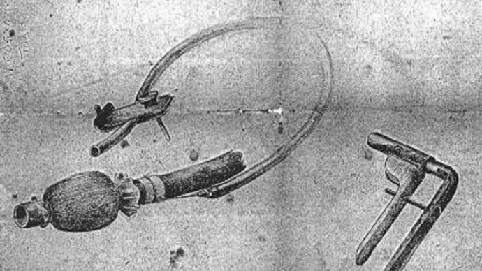 This sketch of a self-retaining ileostomy tube, designed and made by Vaughan at Chungkai POW hospital camp in Thailand in 1943, also featured in the exhibition (courtesy LSTM)